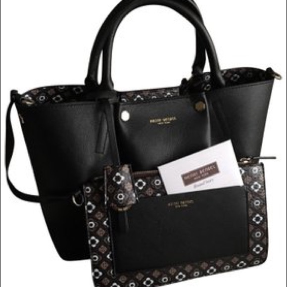 henri bendel Handbags - ISO!!HENRI BENDEL FOULARD HANDBAG